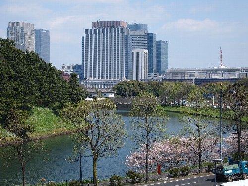 桜田門外の変はこの桜田濠に沿ったところで起こった。