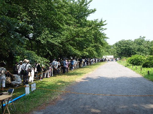 小石川植物園での行列