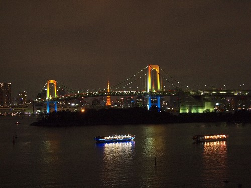 レインボーブリッジと東京タワー