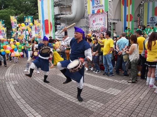 沖縄サンバカーニバルのエイサー
