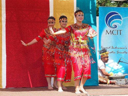 インドネシア・フェスティバル伝統的な踊り