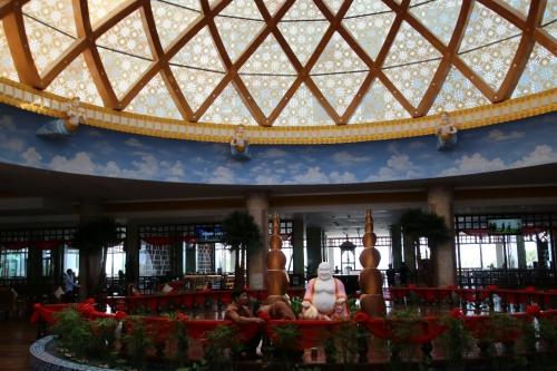 20数階建ての、立派なホテル兼会議場
