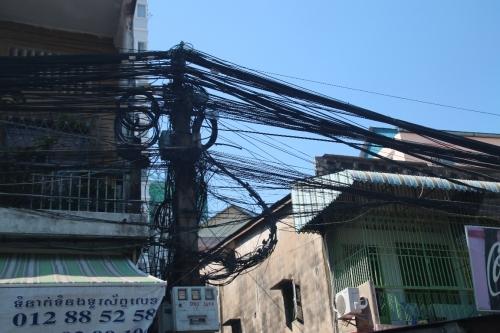 電線の張り方