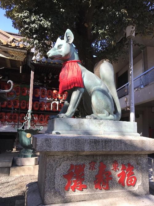 豊川稲荷東京別院の狐さま