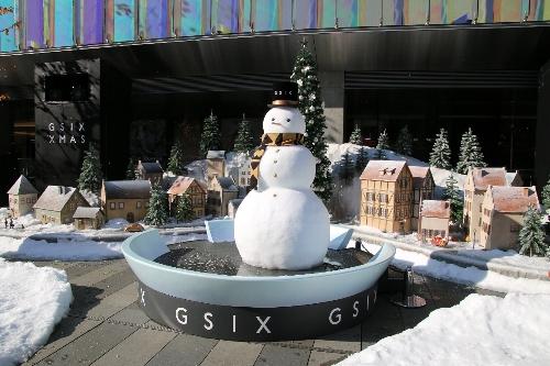 07 GINZASIXの雪だるま