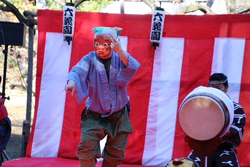 目黒流貫井囃子保存会のお囃子と獅子舞