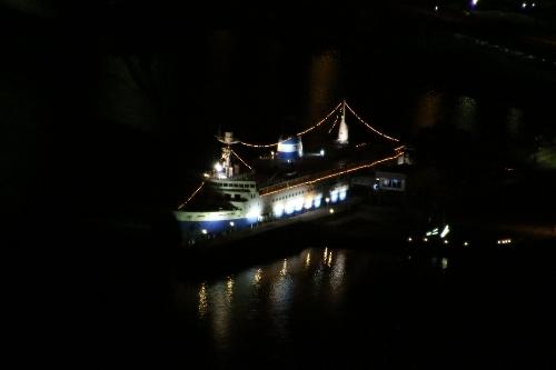 函館に係留されている青函連絡船だった摩周丸の拡大