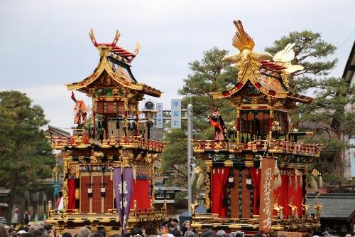 石橋台(右)と龍神台(左)