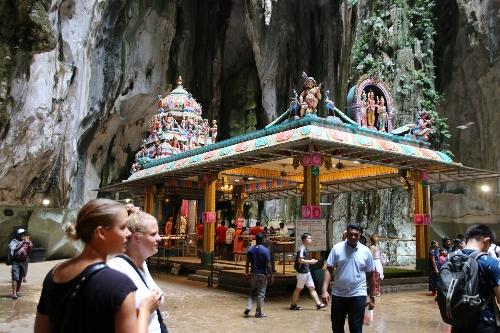バツー洞窟の広場の奥にある最後の神聖な場所