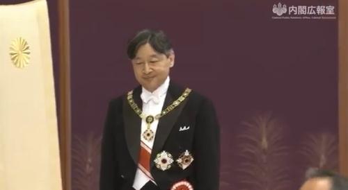 剣璽等承継の儀。首相官邸広報ビデオより