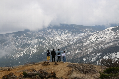 刈田岳山頂からの眺め
