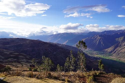 チンチェーロ(Chinchero)展望台からの風景