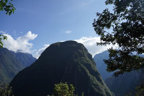 円錐形の実にいい形の山