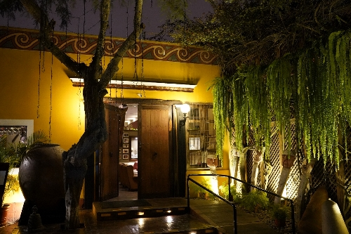 ワカプクジャーナ遺跡の中にあるレストラン