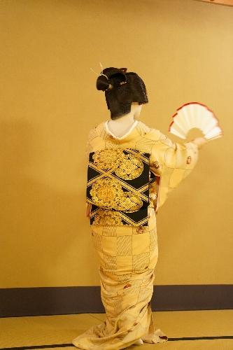 先斗町のお茶屋さんにて、芸妓さん