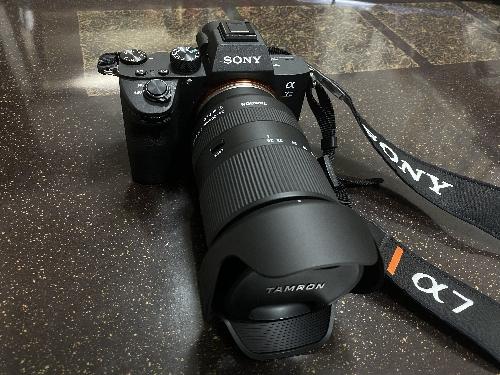 ソニーのα7IIIに付けた28-200mm F/2.8-5.6 Di III RXD (Model A071)