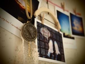 時計盤モチーフと写真