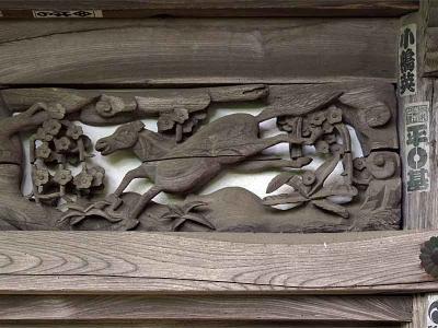 欄間の透かし彫り