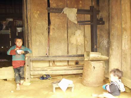 モン族の織機