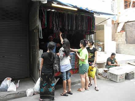 タイのプリント生地のお店