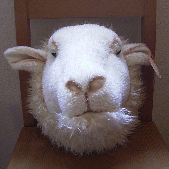 ぬいぐるみ 羊