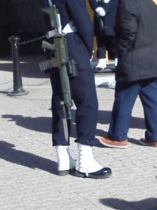 衛兵さんの銃剣2