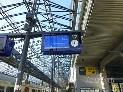 ヘルシンキ中央駅 12番ホーム 遅延
