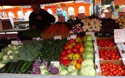 ヘルシンキ マーケット 野菜