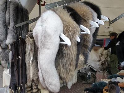 ヘルシンキ マーケット 毛皮