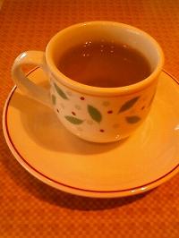 赤く映ってしまったけど緑茶です
