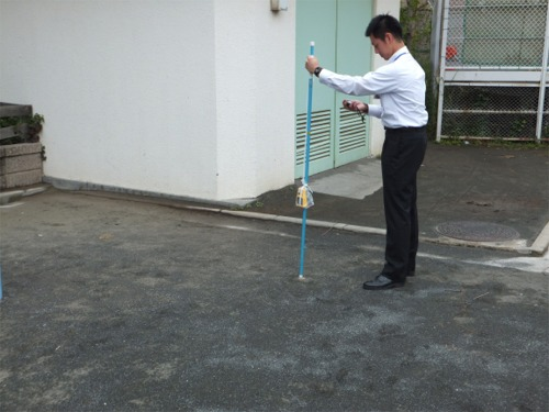 戸塚区の放射線量の測定が始まりました。
