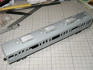 ホビー製101系キット改のモハ103に搭載したWAU-102(M)