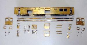 クモヤ145-100代、分解後