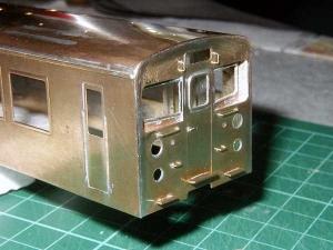 クモヤ145-100代、前面取付
