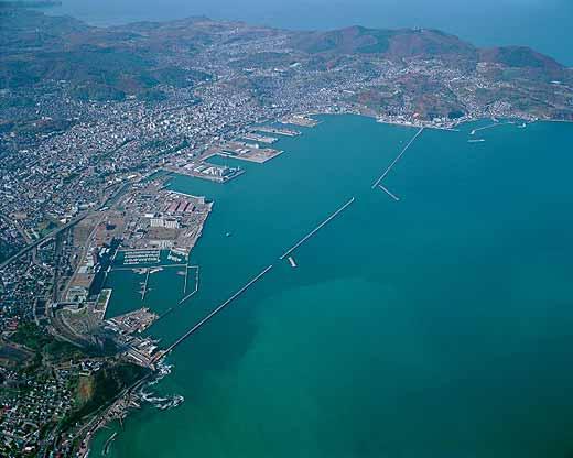 小樽港と市街地