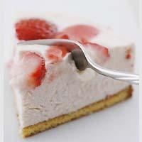 苺のレアチーズケーキ:和日茶日和