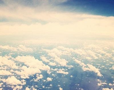 飛行機からみた空