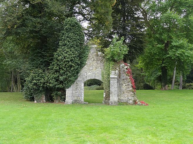 廃墟の修道院