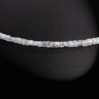 ラフダイヤモンドネックレス