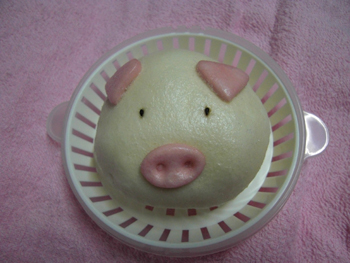 豚の顔した豚まん