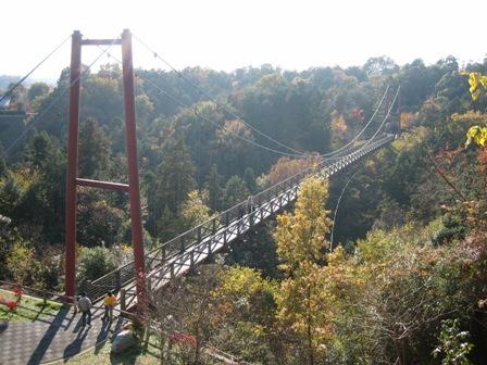 観音山の吊り橋