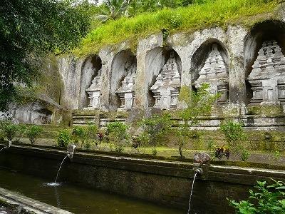 王家の陵墓