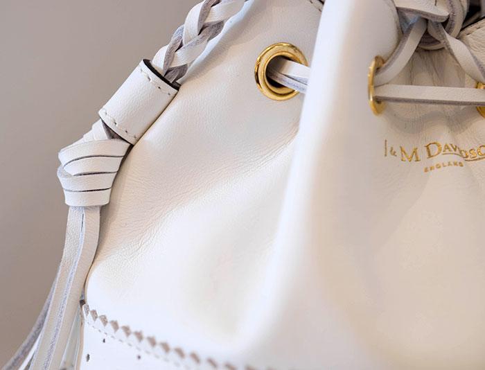 J&M DAVIDSON(ジェイアンドエム デヴィッドソン) 巾着フリンジショルダーMini Carnival #084 NEW WHITE