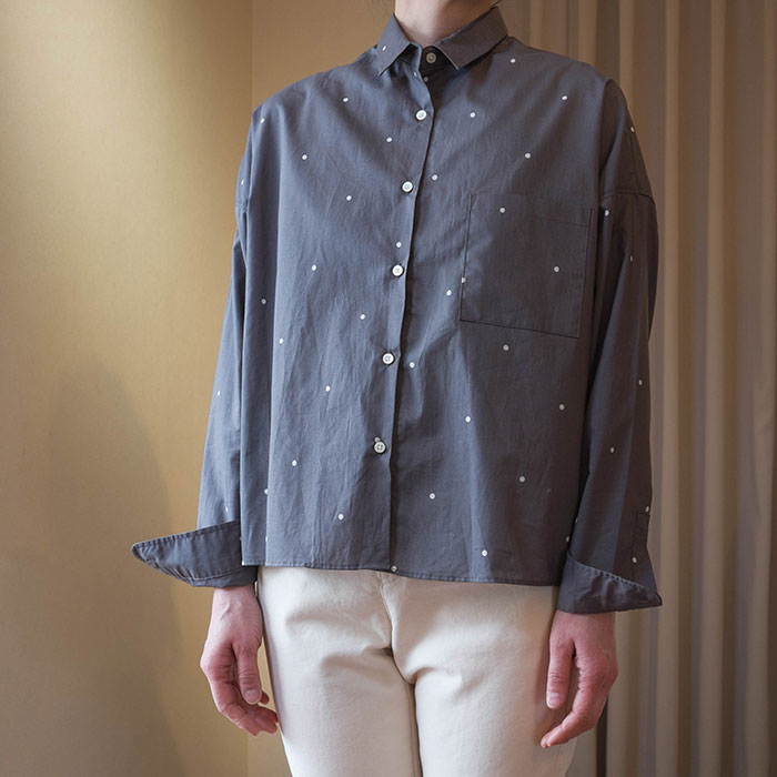 Nico.ニコルソンアンドニコルソンARIESドットワイドシャツ GRAY