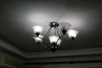 シンセンの電灯