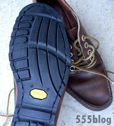�ۥ�ۥ��� 555nat.com L.L.Bean Camp Moccasin sole repair ���륨��ӡ������ץ⥫���� ������� after �ӥ֥�ॽ����