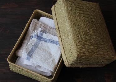 スズ竹の箱