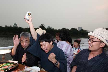 ビールと大阪城