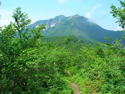 茂倉尾根からの雨飾山170717