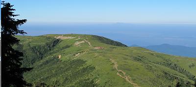 太郎平小屋と白山220822